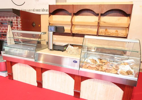 New Modular Bakery Spacious Show Cabinets For Hotels,Restaurants,Pubs,Bars And Bakery
