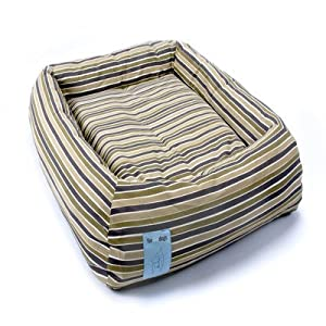 """Rectangular Donut Dog Bed Size: Small (28"""" L x 25"""" W)"""