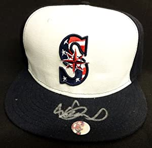 Ichiro Suzuki Autographed Hand Signed Seattle Mariners New Era Stars & Stripes... by Hall+of+Fame+Memorabilia