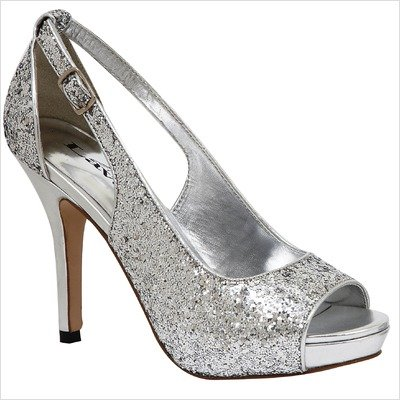 Women's Lindsey Pump Color: Silver, Size: 5.5