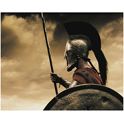 300-gerard-butler-as-king-leonidas-wearing-helmet-holding-spear-profile-view-promo-8-x-10-inch-photo