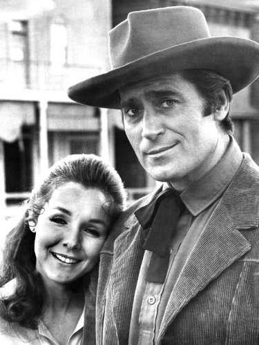 Clint Walker and Kathryn Hays in Yuma
