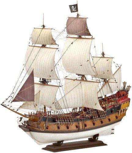 Revell-05605-Modellbausatz-Pirate-Ship-Mastab-172