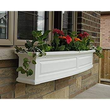 Mayne 4832-W Nantucket Polyethylene Window Box, 5 , White