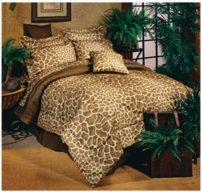 Giraffe Print Comforter Set front-1050982