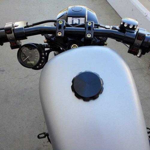 Joker Machine #10-442B Billet Vented Screw Gas Cap Smooth For Harley-Davidson