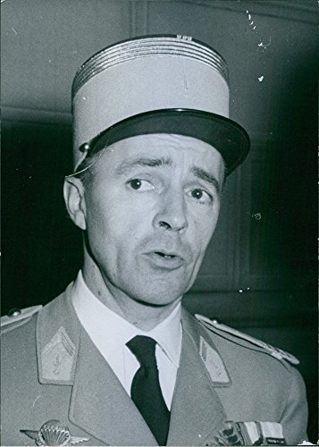 vintage-photo-of-1962a-photo-of-a-french-army-general-and-the-fourth-french-commanding-general-durin
