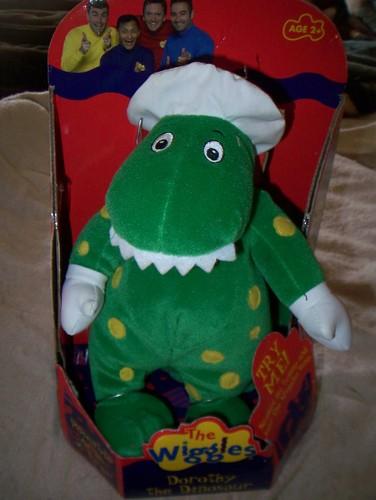 The Wiggles Toys R Us : Amazon wiggles singing dorothy dinosaur plush toys
