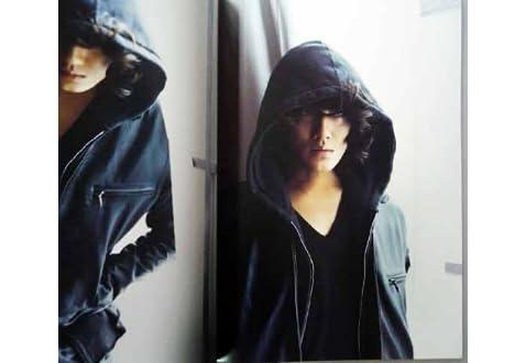 パンフレット ★ 赤西仁 2010 「赤西仁 Solo Live 友&仁(You&Jin)」