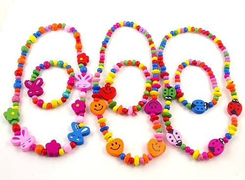 Wooden childrens necklace and bracelet set