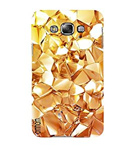 Omnam Golden Pattern Small Desinger Back Cover Case For Samsung Galaxy E5