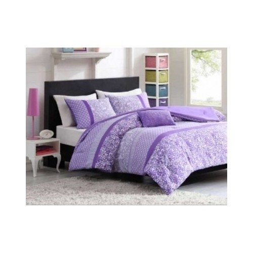 Mizone 4 Piece Comforter Set. This Enhances Any Bedroom. This Bed In A Bag Looks Great. Its Stripe Design Has Polka Dots, Paisleys And Florals To Create The Perfect Balance Of Contemporary Style And Youthful Spirit Great For Your Kids Bed Even Teens Will front-656084