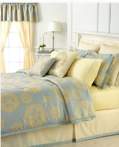 Martha stewart collection water garden 24 piece queen for Well decorated bedroom