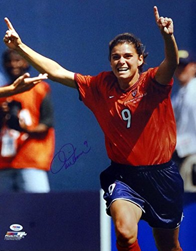 Mia Hamm Team USA Autographed PSA/DNA Authenticated 16x20 Team USA Photo - Signed Photos