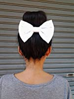 WHITE LACE OVERSIZE BOW HAIR CLIP