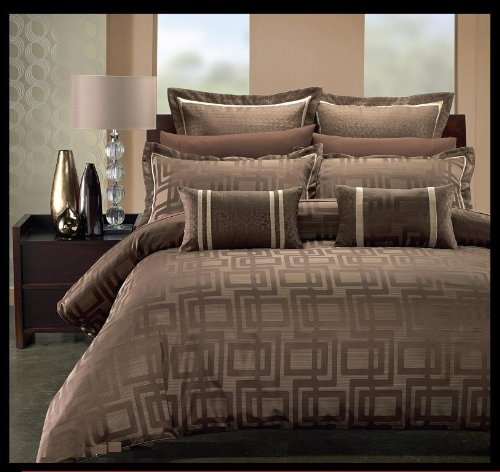 Full/Queen 7-PC Janet Duvet Cover Set By Hotel