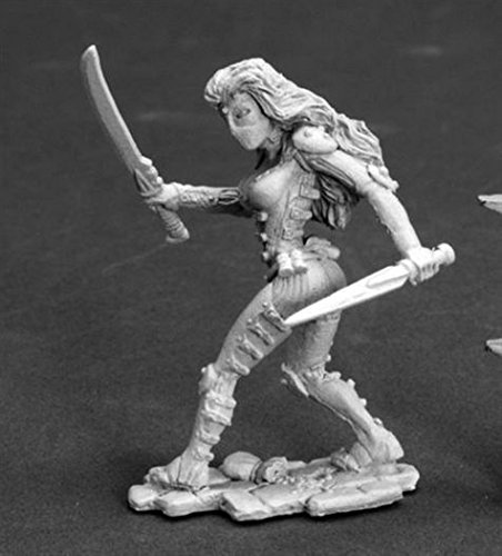 Lola Darkslip, Female Thief Chronoscope Miniature by Reaper - 1