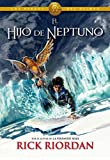img - for El hijo de neptuno / The Son Of Neptune (Los H roes Del Olimpo / Heroes of the Olympus) (Spanish Edition) book / textbook / text book