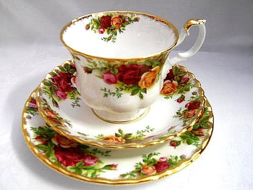 royal-albert-old-country-roses-trio-cup-saucer-and-side-plate-made-in-england-seconds-quality