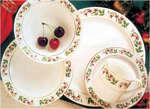 Buy Holiday Gold Collection 40 Piece Dinnerware