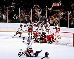 1980 Olympic Hockey 16x20 Photo (Celebration)