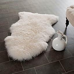 Contemporary Prairie (2\' x 3\') Hand-Woven White Wool Shag Rug
