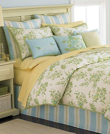 Martha Stewart Collection Bedding, Bluebird Garden 6 Piece Comforter Set front-943480