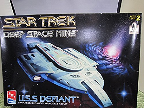 out-of-print-waren-1420-star-trek-deep-space-nine-nx74205-uss-kunststoff-modell