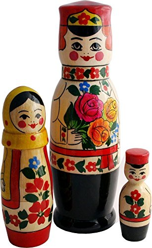 nesting-matryoshka-dolls-the-russian-family-in-traditional-peasant-costumes-3-pc-set-hand-painted-st