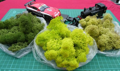 trainmad-3-bags-colour-model-scenery-reindeer-moss-train-war-slot