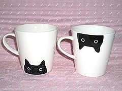 ひょっこり顔を出した黒猫のマグカップ クロネコ うえ・した2個セット 俣野温子ATSUKO MATANO
