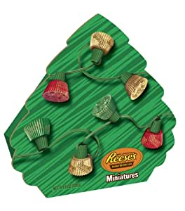 Reese's Holiday Peanut Butter Cup Miniatures, 8-Ounce Gift Boxes (Pack of 3)