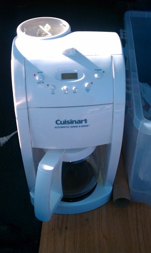 Grind And Brew Coffee Maker White : Amazon.com: Cuisinart DGB-500 Grind & Brew, White: Cuisinart White Coffee Maker: Kitchen & Dining