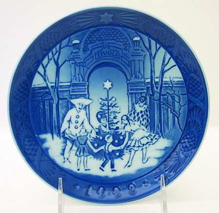 1990 Royal Copenhagen Christmas Plate