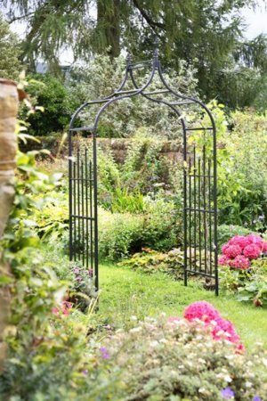 Tom Chambers Medieval Garden Arch GA02