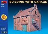 Miniart 1:72 - Edificio con garaje (Kit de color Multi) (MIN72031)