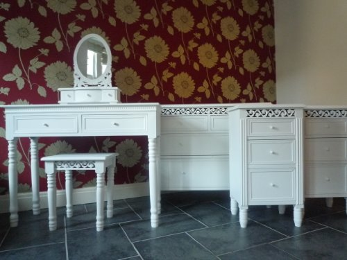 Belgravia Dressing Table, Mirror, Stool, Bedside Drawers and 2/2 Chest of Drawers