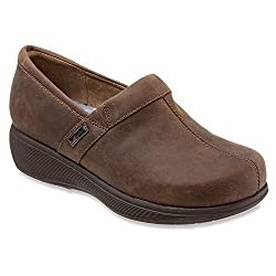 Grey s Anatomy by SoftWalk Womens Meredith Clog Dark Brown Oily Leather 12 B(M) US