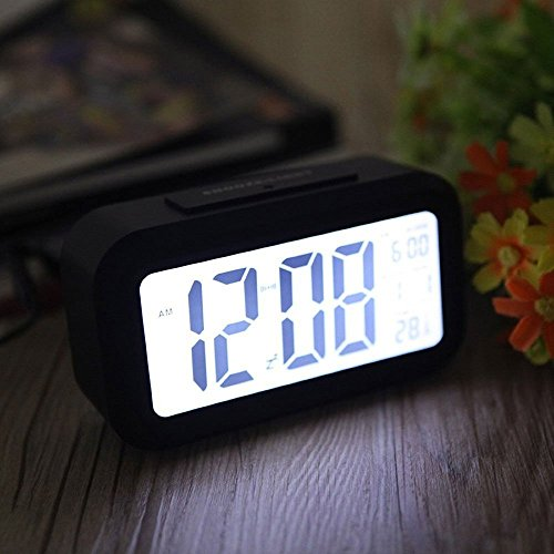 Alarm clock arespark silent digital bedroom alarm clock for Bedroom temperature