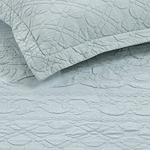 Emily McGuinness 260 x 260 cm Naoimi Matelasse Bedspread King, Duck Egg       Customer reviews and more information