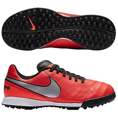 Top 5 Best Nike Indoor Soccer Shoes Kids For Sale 2016 Boomsbeat