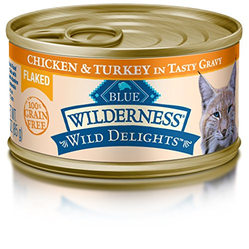 Blue Buffalo Wilderness Wild Delights Flaked Chicken and Tur