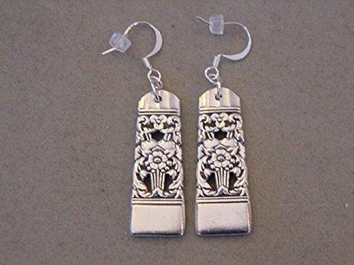 VINTAGE SPOON EARRINGS 1936 CORONATION Oneida SILVERWARE JEWELRY EARRINGS (Spoon Ring Oneida compare prices)