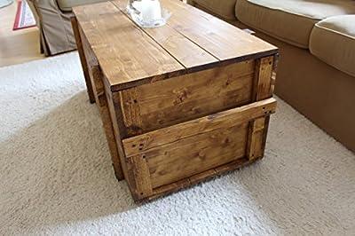 Holzkiste Truhe Couchtisch Beistelltisch Vintage shabby chic Landhaus Massivholz nussbaum