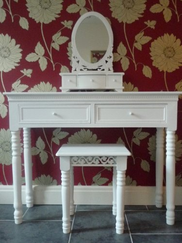 Belgravia Shabby Chic Dressing Table, Mirror and Stool