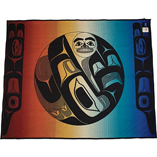Pendleton Raven And The Box Of Knowledge Blanket Robe front-783348
