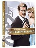echange, troc James bond, Dangereusement vôtre - Edition Ultimate 2 DVD