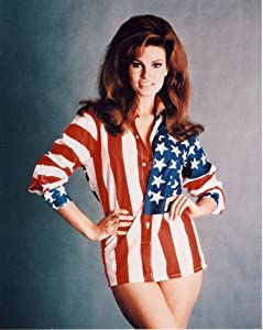 Amazon.com: Raquel Welch Photo All American Pinup Girl Art Pinups
