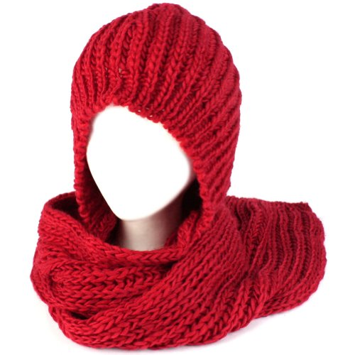 Easy Knitted Hooded Scarf Pattern Free : Free Hooded Scarf Patterns to Knit and Crochet