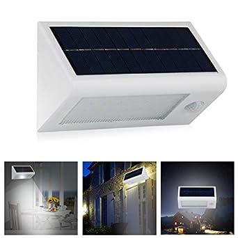 InnoGear 400 Lumen Waterproof Solar Powered Outdoor Motion Sensor Detector W